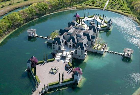 5. 邁阿密巧奪天工的城堡(The Chateau Artisan) , 這傳統法式宮殿占地14英畝。