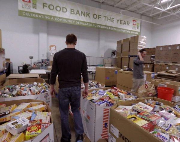 而他們面對的挑戰是在運送過程中維持食品的質量。 星巴克食品團隊品牌...