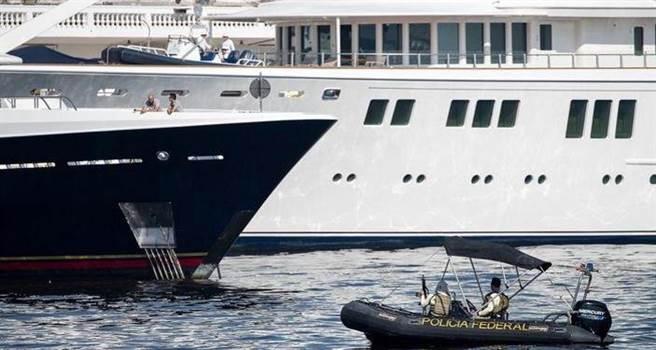 安全也是重點,本次將有250名員警保護美國夢幻隊居住的遊輪,用防彈材料...