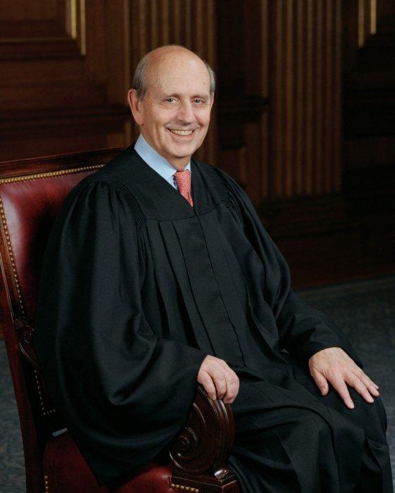 關於豐臀金被搶一事為假消息的傳聞甚囂塵上,就連美國最高法院法官在審...