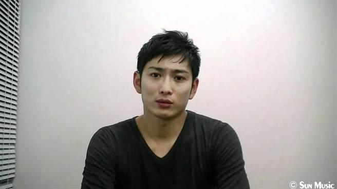日本京都一家百貨公司,昨天傳出了一起痴漢偷拍裙底被抓包的案件,一名3...