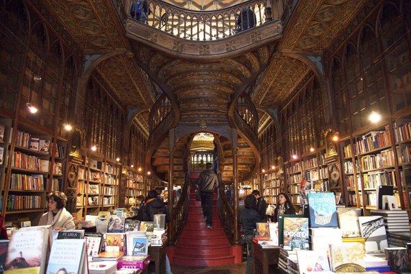 葡萄牙萊羅書店 Livraria Lello & Irmão