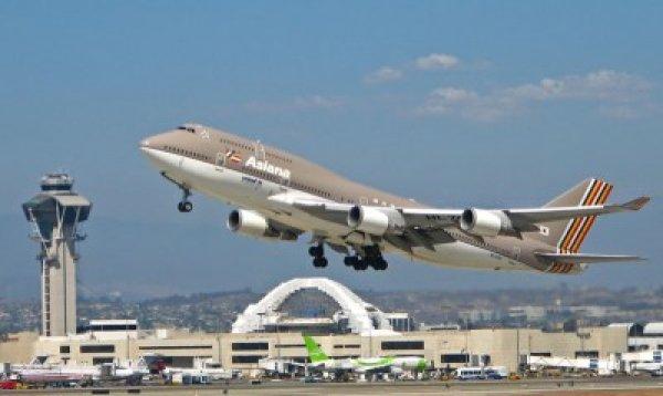 1. 根據起飛和降陸的乘客人數統計,芝加哥的奧黑爾機場是全球最繁忙的機...