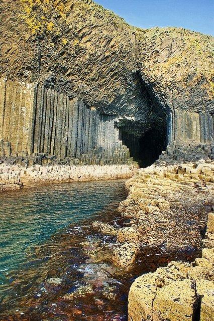 10. 芬格爾岩洞,蘇格蘭