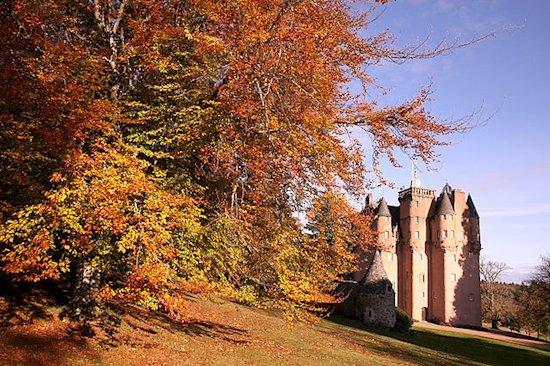 8.  克雷吉瓦城堡(蘇格蘭阿伯丁)