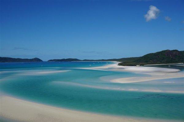 2. 澳大利亞白天堂海灘