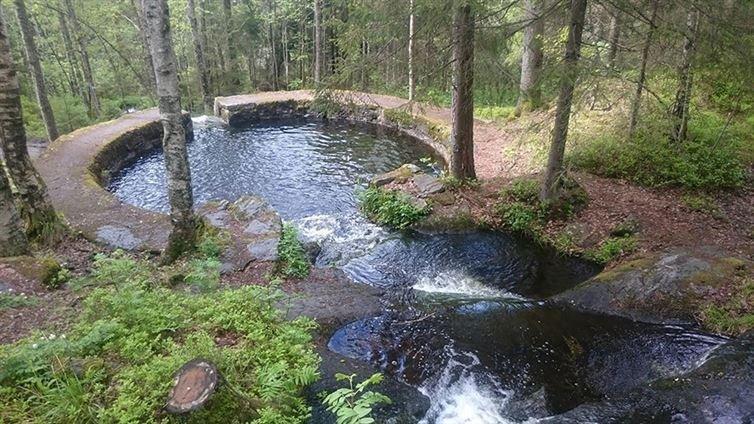 12. 這天然池在奧斯陸一個世紀多之前才完成,看起來真不可思議。