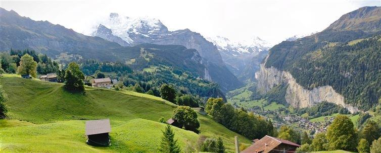 9. 瑞士勞特布龍嫩山谷
