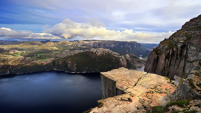 4. 布道台 (講壇石) , 挪威