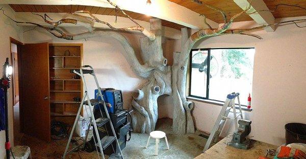 樹幹是由一種特殊的混合水泥做成的,樹枝由裝飾紙構成。 自此已經花費...