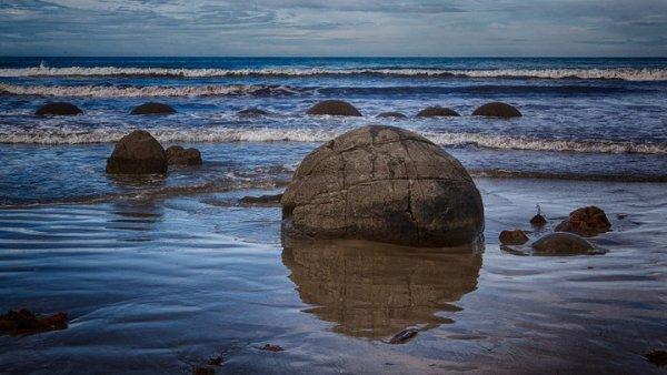 16. 摩拉基巨石海灘