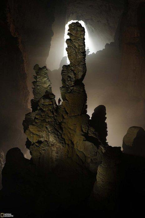 越南的韓松洞是目前世界上最大的洞穴,充滿了無數的奇蹟,包括孤立的生...