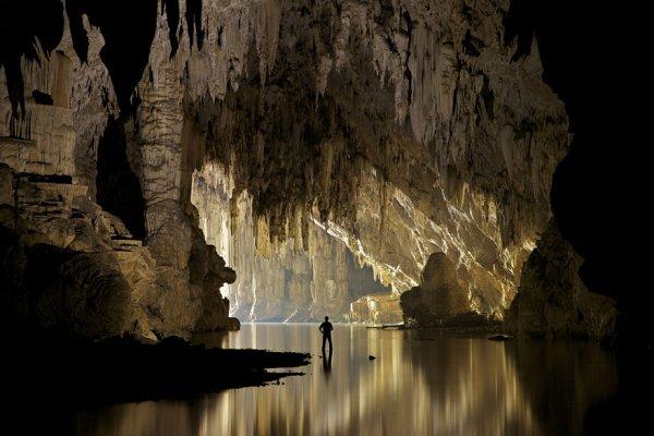 9. 泰國譚羅德洞穴
