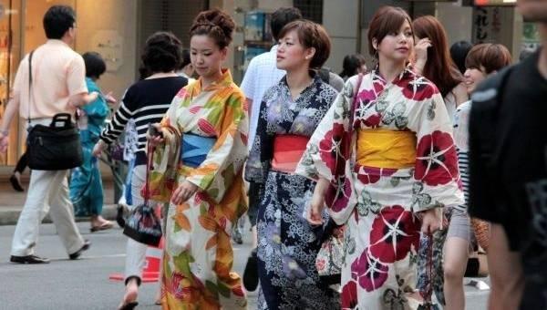 現在的祗園祭已不局限於祇園,而是遍及整個京都市中心地區。祇園祭在整...