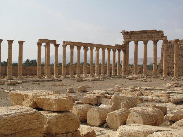 烏魯克城邦大約是存在於公元前3500年至前3100年,城邦主要分為三個居民中...