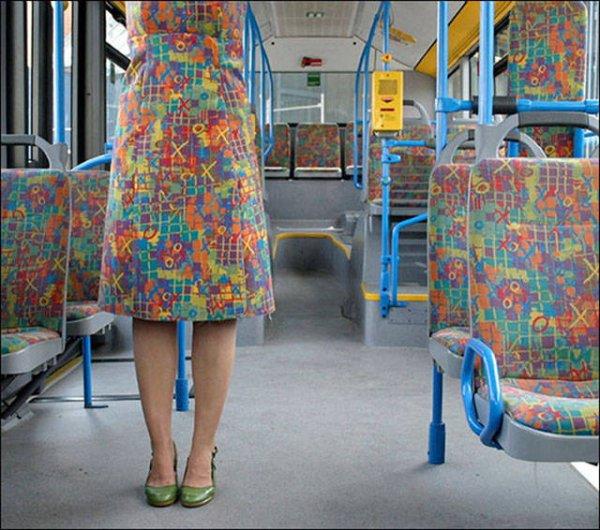 又或者是裙子是才使用回收布料做的?