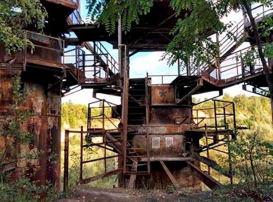 10. 《辛德勒的名單》普拉紹夫勞役營  - 1993年