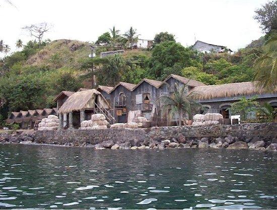 2. 《加勒比海盜》 皇家港口  - 2003年
