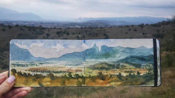 邁泰奧拉岩石遠距離的景觀