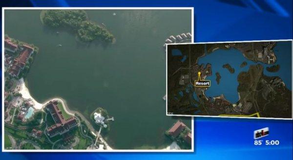 這就是發生事件的湖,這是在迪斯尼魔術王國主題公園對岸的七海環礁人工...