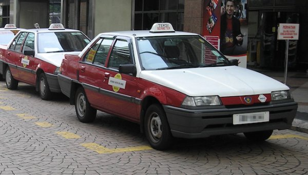 吉隆坡德士司機被列為第一名,被指是服務態度欠佳外及愛兜遠路漫天開價...