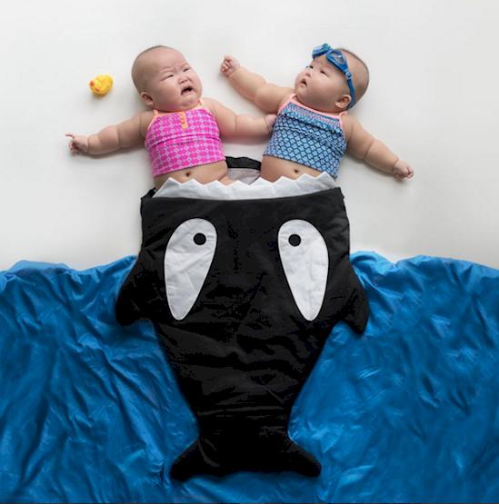 莉雅和勞倫是早產兒和單卵雙胎