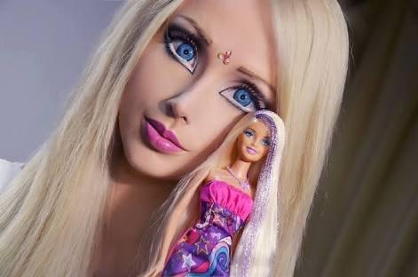 12. 從第一眼看上去, 你會以為這是一個小孩的芭比娃娃。