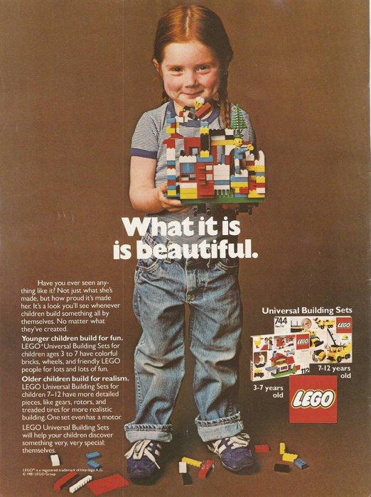 幾十年以來, 樂高一直鼓勵孩子們建立想像力。 這是1981年的廣告,你會發...