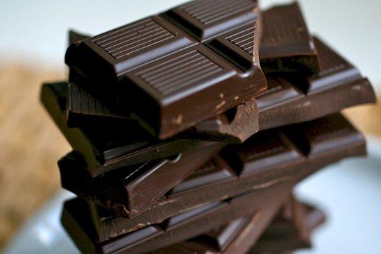 9. 黑巧克力