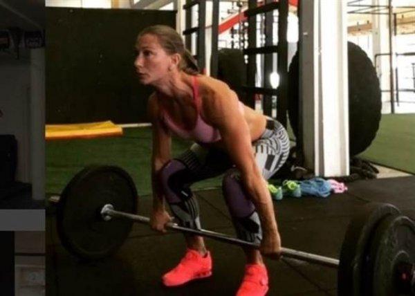 凱爾納喜歡健身運動,身材一直保持得超好的