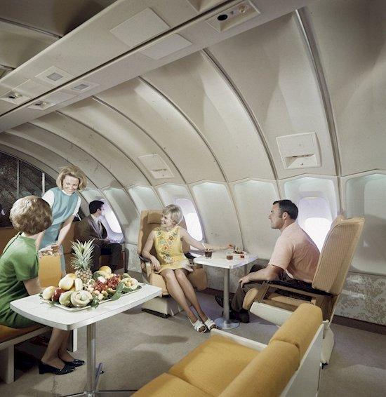 12. 在70年代,挪威航空公司曾經有一個休息區