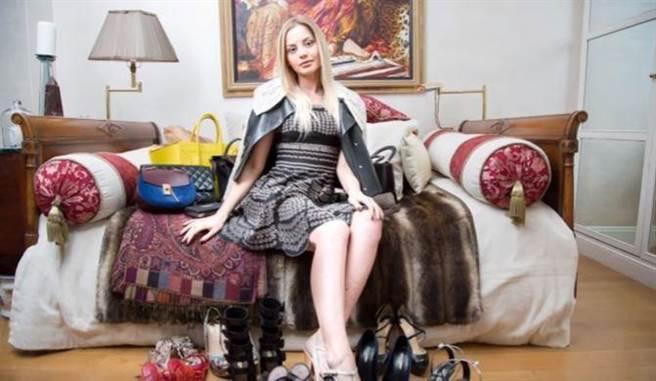 現年 23 歲的俄羅斯富家女茱莉亞(Julia Stakhiva)因為在一檔電視節目中大肆...