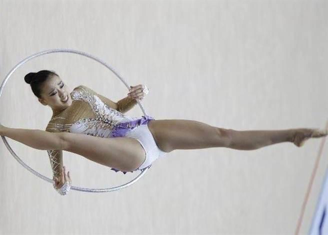 孫妍在2012年曾參加倫敦奧運,成為韓國史上第1個參加奧運的韻律體操選手...