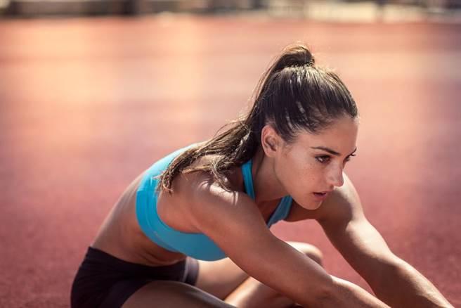 曾五次打破紀錄!阿莉森斯托克(Allison tokke)被評為里約奧運最美運動員。...