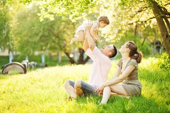 既然那麼多好處,那麼要怎樣才能將孩子培養成「愛爸族」呢?