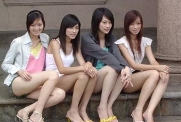 泰國憑藉其較低的消費水平和友好熱情的民風,吸引了很多西方中老年人士...