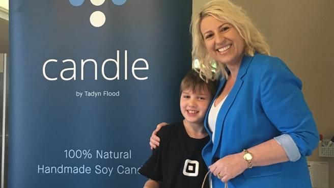 零用錢不夠還伸手跟父母要錢嗎?澳洲墨爾本一位9歲男孩泰倫(Tadyn Flood)...
